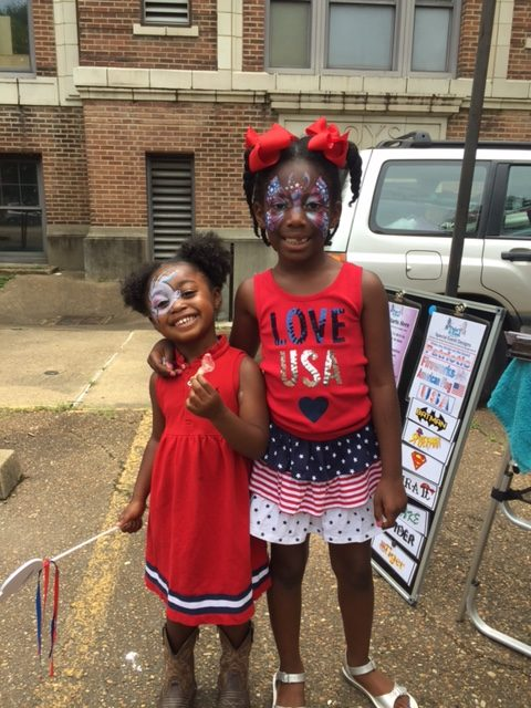 Neighborhood parade honors country's birthday